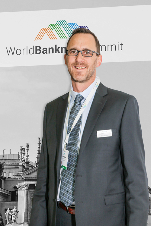 Beat ATTINGER World Banknote Summit HR